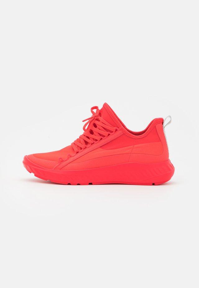 ST.1 LITE  - Sneakers - hibiscus