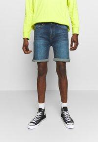 D-STRUCT - ARLES  - Denim shorts - blue - 0