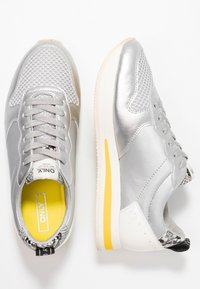 ONLY SHOES - ONLSILLIE BLOCK - Sneakers - silver - 3