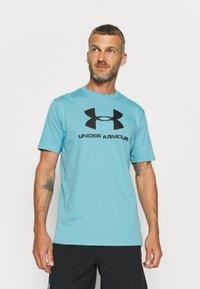 Under Armour - Print T-shirt - cosmos - 0