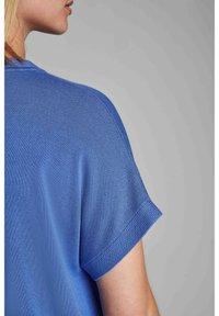 Nümph - NUDARLENE  - T-shirts - wedgewood - 2