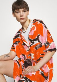 Monki - Day dress - artyred print - 3