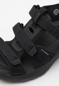 Keen - ASTORIA WEST OPEN TOE - Walking sandals - black - 3