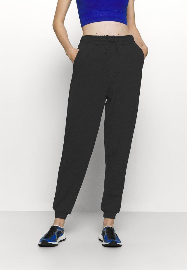 ONPLOUNGE PANTS - Pantaloni sportivi - black