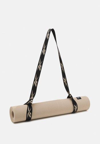 TECH STYLE MAT UNISEX - Fitness/jóga - modern beige