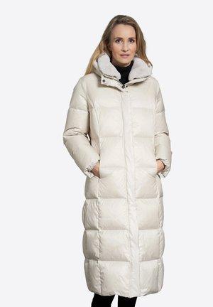 Winter coat - ivory