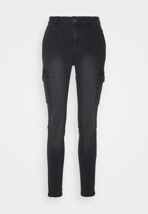 KABRIANNE - Slim fit jeans - black denim wash down