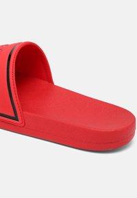 Cruyff - AGUA COPA - Sandaler - red - 6