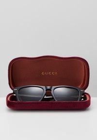 Gucci - Solbriller - black/grey - 3