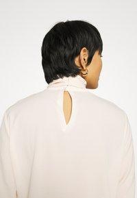 Sisley - BLOUSE - Camicetta - off-white - 3