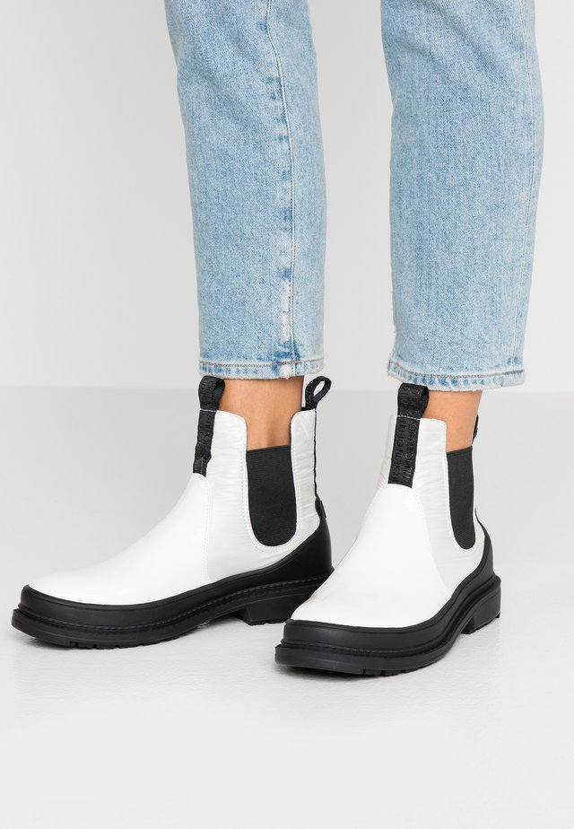 ALISON - Classic ankle boots - white