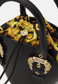 Versace Jeans Couture - BUCKET - Sac à main - nero - 3