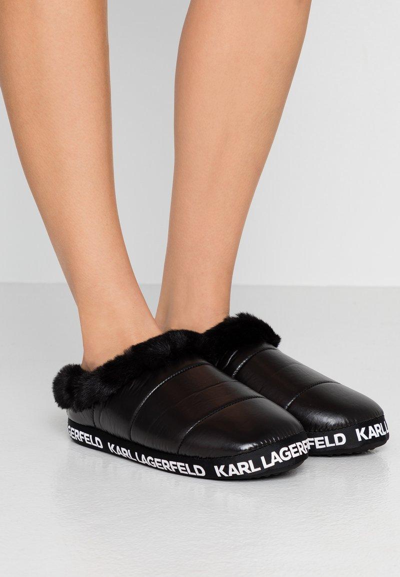KARL LAGERFELD - ARKTIK - Pantuflas - black