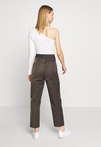 River Island - Trousers - desert luxe - 2