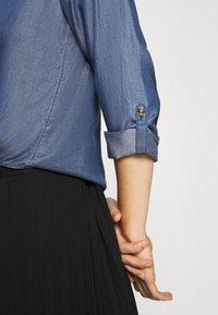 comma - LANGARM - Button-down blouse - dark blue - 6
