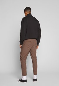 Nominal - KIRK TROUSER - Trousers - black - 2
