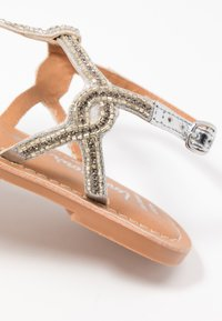 New Look Wide Fit - WIDE FIT GLITZ - T-bar sandals - silver - 2