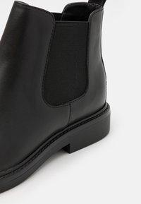 Zign - LEATHER - Kotníkové boty - black - 5