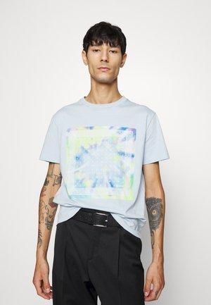 FOULARD KOCHÉ X TINDER UNISEX - T-shirt print - blue