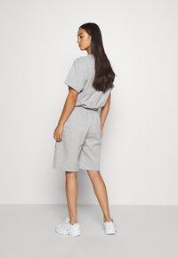 NEW girl ORDER - TIE DYE SPORT - Pantalones deportivos - grey - 2