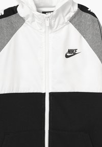 Nike Sportswear - HYBRID - Mikina na zip - white/black/grey - 3