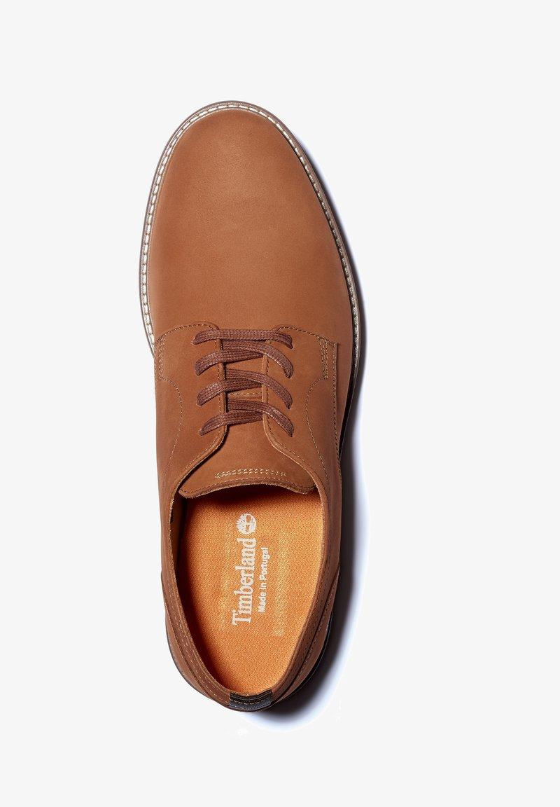 Timberland - OAKROCK LT OXFORD - Sznurowane obuwie sportowe - rust nubuck