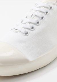 Marni - Baskets basses - white - 5