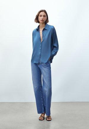 FLIESSENDES  - Shirt - blue