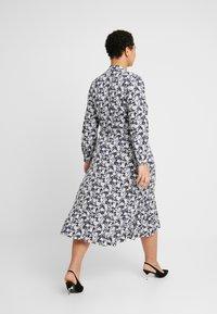 Lauren Ralph Lauren Woman - URANYA LONG SLEEVE CASUAL DRESS - Jersey dress - navy/pale cream - 3