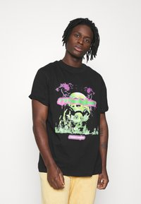 Night Addict - REVOLUTION UNISEX - T-shirt con stampa - black - 0