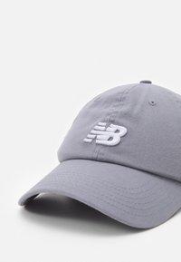 New Balance - Cap - steel - 3