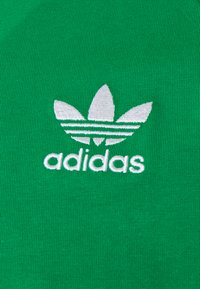 adidas Originals - ADICOLOR CLASSICS TEE UNISEX - Long sleeved top - green - 2