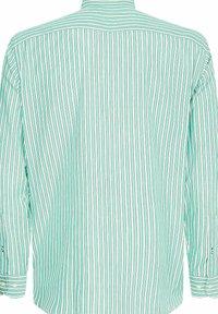 Tommy Hilfiger - BOLD STRIPE REGULAR FIT - Shirt - grün - 2