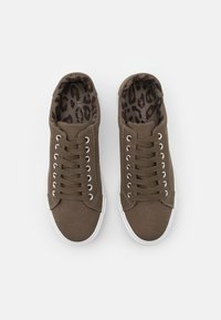Simply Be - WIDE FIT BUSSELTON - Trainers - khaki - 5