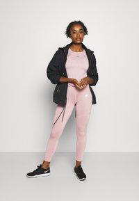 Ellesse - UNA - Basic T-shirt - pink - 1