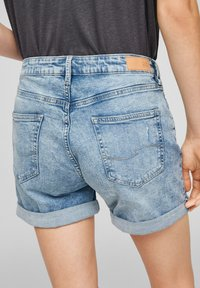 QS by s.Oliver - Denim shorts - light blue - 5