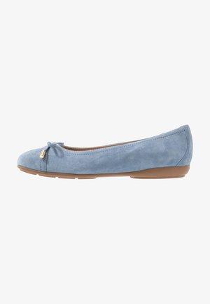 ANNYTAH - Ballet pumps - light blue