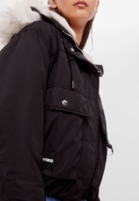 Bershka - Winterjacke - black - 3