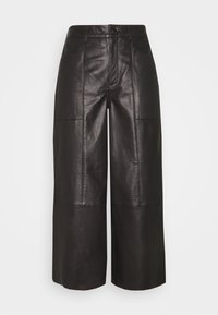 Cream - CAMMI PANTS - Pantalon en cuir - pitch black - 0