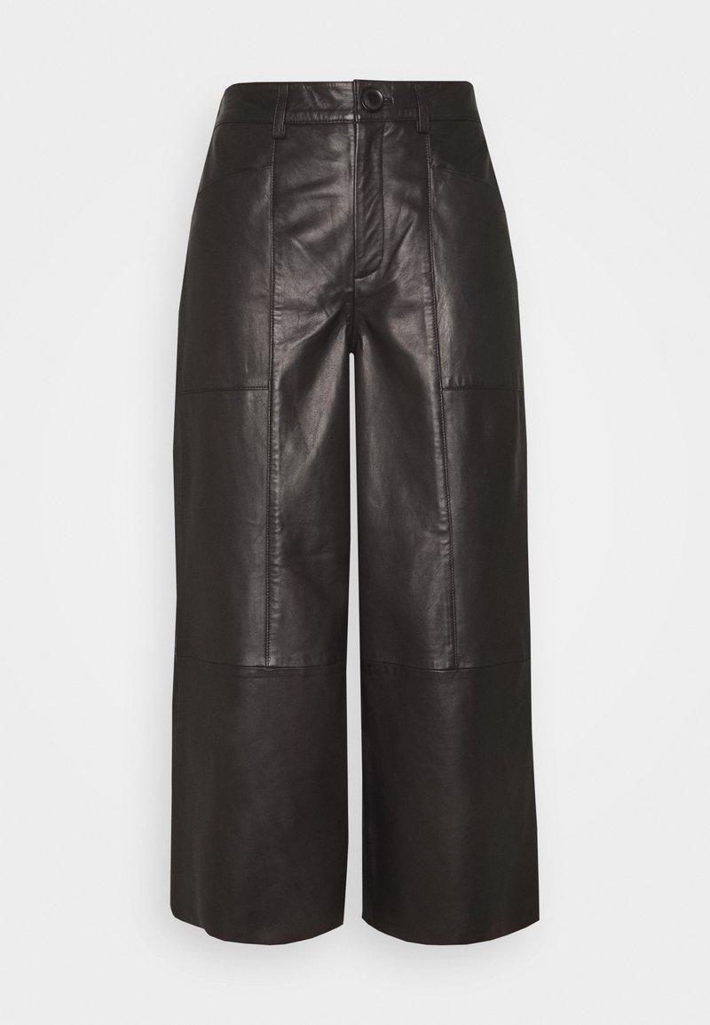 Cream - CAMMI PANTS - Pantalon en cuir - pitch black