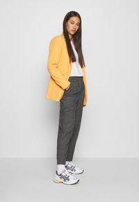 Monki - TARJA TROUSERS - Trousers - grey - 1