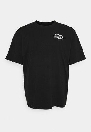 LOGO MAP CHEST - Print T-shirt - black