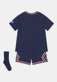 Nike Performance - PARIS ST. GERMAIN SET UNISEX - Klubové oblečení - midnight navy/university red/white - 1
