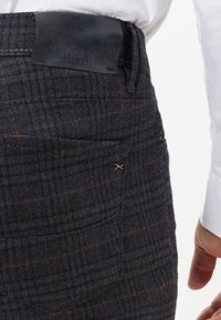 BRAX - STYLE CADIZ C - Straight leg jeans - navy - 4