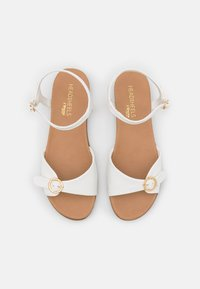 Head over Heels by Dune - LANNY - Sandały - white - 5