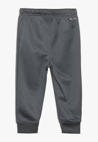Nike Sportswear - BABY SET  - Træningssæt - dark gray - 3