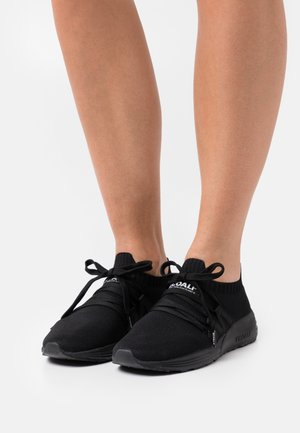 BORA - Trainers - black
