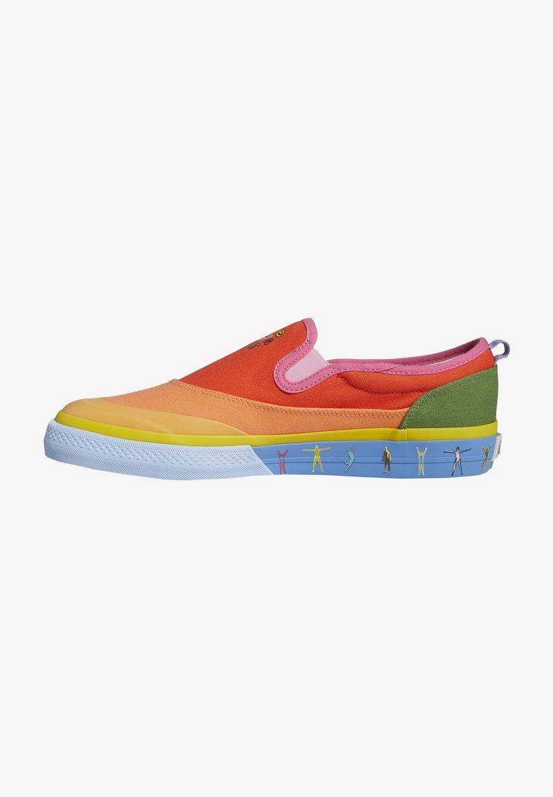 adidas Originals - NIZZA SLIP ON PRIDE - Slip-ons - semi solar red/yellow/hazy orange