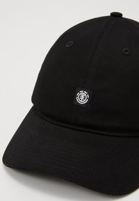 Element - FLUKY DAD  - Cap - all black - 3
