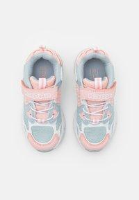 Kappa - UNISEX - Sportovní boty - ice/pink - 3